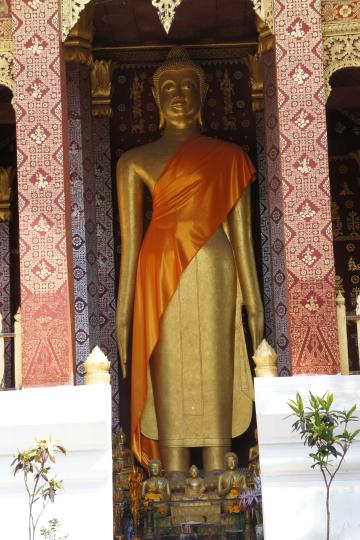 ラオス・ルアンパバーンワット・セーンの仏像画像