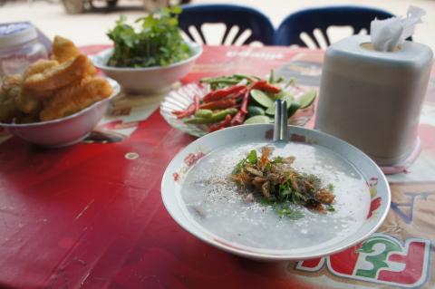 ラオス・ルアンパバーンの食べ物屋・カフェの画像