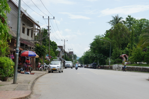 ラオス・ルアンパバーンの街並み・ファーグム通り画像