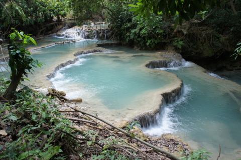 クアンシー滝滝壺画像